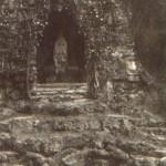 Lurdská kaple v parku